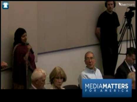 Muslim-student-media-matters-466x347